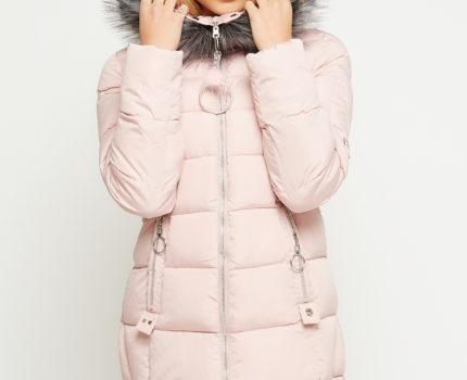 Różnorodność kurtek damskich zimowych