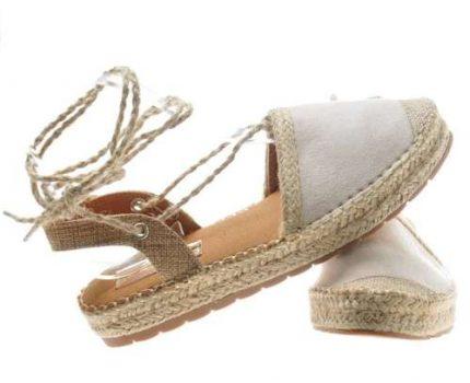 Wygodne obuwie, czyli sandały damskie z zakrytymi palcami